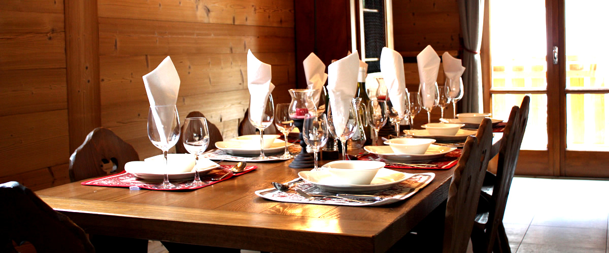 Catered Chalet Lucioles Morzine Dining Area